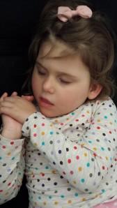 Emily sovnet så søtt en liten lur, sent i går ettermiddag i hengekøya i stua