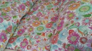 Nytt fargerikt sengetøy fra mamma og Zara Home, innkjøpt i Spania