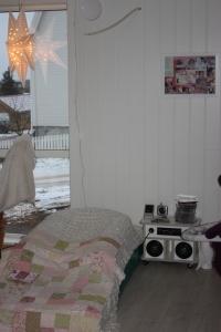 Musikk-madrassen og stero`n til Emily