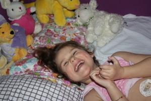 Godt humør før hun sovnet i kveld!