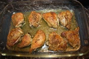 Saftige overlår av kylling