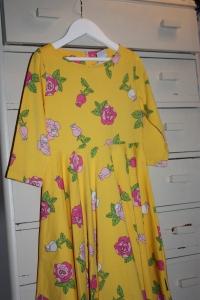 Her er årets kjole til påskefrokosten i barnehagen!